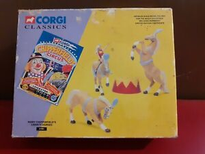 Corgi Limited Edition 31901 Mary Chipperfields Liberty Horses Set Scale 1:50
