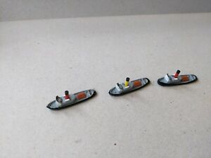 VINTAGE TRI-ANG MINIC SHIP TUGS x 3 M731 BOTH VARIANTS -2