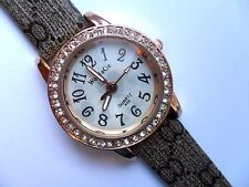 Lovely WoMaGe Ladies Gold  and  Crystal Quartz Watch  Patterned  Strap  b
