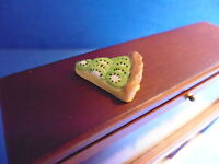 1 /12 scale Dolls House Minature  Food   Slice of Kiwi Fruit Tart    DHD-K26-6