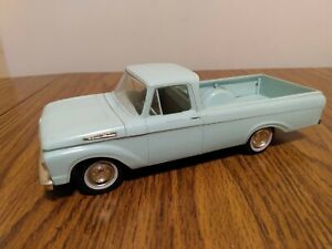 1961 FORD F-100 DEALER PROMO AMT MODEL FRICTION PICKUP TRUCK - TURQUOISE GREEN