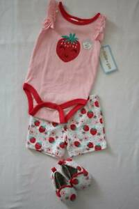 NEW Baby Girls 3 piece Outfit 3 - 6 Months Bodysuit Shorts Shoes Set Strawberry