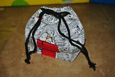 2013 offical Peanuts Snoopy comic strip Collecticle Drawstring Lunch Bag NEW