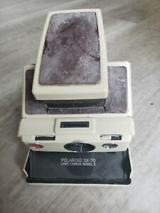VINTAGE POLAROID SX-70 LAND CAMERA MODEL 2  Untested  for Parts or Restore