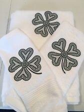 Shamrock Embroidered 3 Piece White Bath Towel Set