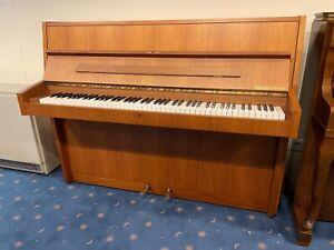 Sauter Klavier, Nussbaum, vom Klavierbaumeister, 3 J. Garantie