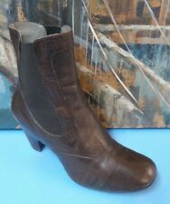 BORN BROWN LEATHER PULL ON ANKLE BOOTS SIZE 9 US 40.5 EU Style W61374
