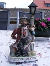 Penner Willi an der Laterne (Spieluhr)