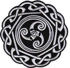 39109 Celtic Knot Interlace Endless Round Black White Keltic Irish Iron On Patch