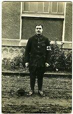 CARTE PHOTO un militaire pose corps médical 1915 Clermont-Ferrand