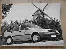 Foto Fotografie photo photograph TOYOTA Corolla Liftback 1,6 l 7/83 Nr. 2 SR717