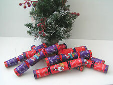 Box Of 10 Family Fun Christmas Crackers New (#52)
