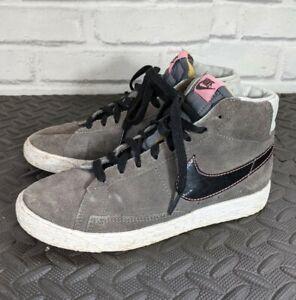 Nike blazer trainers size 2 Grey / Pink