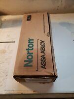 Norton ASSA ABLOY  7500 Series (1) 1RM24 689 Door Closer Unit New in Box