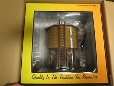 MTH 30-11028 OPERATING WATER TOWER, BRAND NEW IN SHIPPER BOX!
