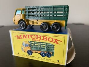 Mint Matchbox no.4 Stake Truck Mint w/box (one flap missing)-combined Shipping