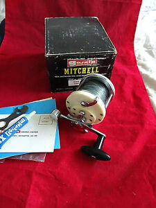 A VERY GOOD VINTAGE BOXED GARCIA MITCHELL 602 LIGHT BOAT SEA MULTIPLIER REEL