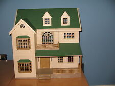 SYLVANIAN FAMILIES House On the Hill - green roofed version of Oakwood manor