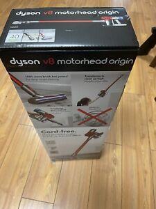 Dyson V8 Motorhead Origin Cordless Stick Vacuum Cleaner Red New In (SEALED BOX)
