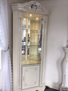 Prestige Italian Corner Display Unit