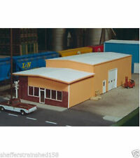 Pikestuff (HO-Scale) #541-0007 Retail Store & Warehouse (Gray in color ) - NIB