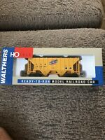 Walthers Chicago And Northwestern Covered Hopper 169264, H.O. Scale, Trains