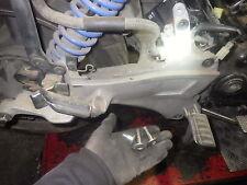 Honda ST 1100 Pan European - 14 904 kms - 3 VIS fixation platine repose pîed D