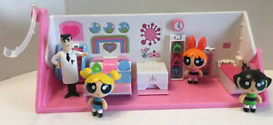 The Powerpuff Girls - Flip to Action 2 In 1 Play set w 4 Figures