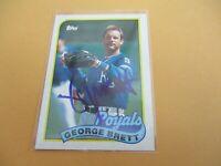 GEORGE BRETT 1989 TOPPS BASEBALL AUTOGRAPHED SIGNED CARD  #200 KC ROYALS HOF