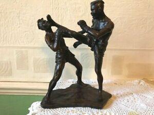 Thai Kick Boxing Figurine Heavy Resin 25 cm and 950g