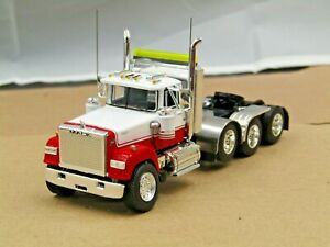 Dcp Custom white/red Mack Superliner daycab 4 axle heavyhaul tractor 1/64