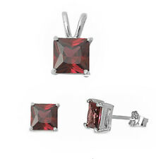 """GIFT! Garnet .925 Sterling Silver Earrings & Pendant Set .5"""""""