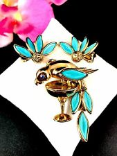 50'S CROWN TRIFARI GOLDTONE TURQUOISE PARROT CHAMPAGNE GLASS BROOCH EARRINGS SET