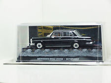 James Bond Car Collection 23 Mercedes Benz 250SE - OCTOPUSSY & Magazine