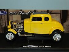 1 18 Scale MOTORMAX 1932 Ford Five Window Coupe - Purple