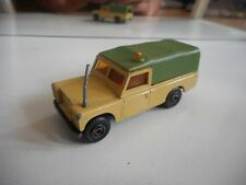 Efsi Land Rover in Light Brown/Green