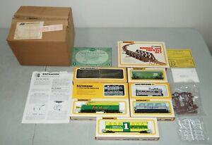 New!! Open Box! Vtg 1977 BACHMANN HO Scale ELECTRIC TRAIN SET /+Bridge & Trestle