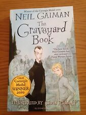 The Graveyard Book by Neil Gaiman - Paperback (Oct 2008)