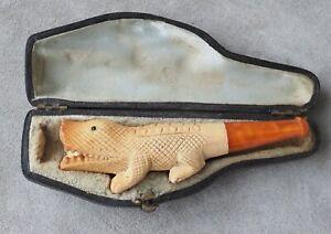 Fume cigare ancien en écume de mer avec son étui antique cigare holder boxed
