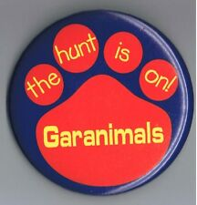 "Garanimals Childrens Clothing 3"" Pinback Button Advertising Bear The Hunt is On"
