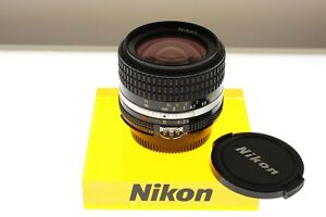 Nikon Nikkor 28mm f/2.8 Ai-s CRC wide angle lens. In EXC++ condition.