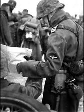 WW2 Photo WWII Weary German Wehrmacht Soldier with Map  World War Two/ 2541