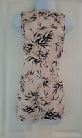 Womens Blouse F&f top size 8 pink flowers casual smart sleeveless vgc