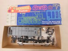 HO SCALE ROUNDHOUSE EIRE LACKAWANNA (WRONG BOX) PS 2-BAY COVERED HOPPER KIT