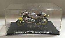 67539 Ixo models 1/24 - Yamaha YZR250 Olivier Jacque 2000