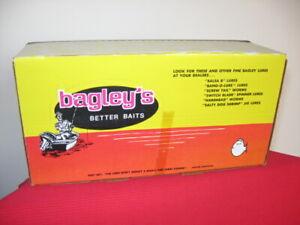 """RARE! Bagley's Small Fry Shad Super Shallow 3"""" Fishing Lure DEALER CARTON Box"""