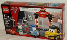 SEALED 8206 LEGO Cars 2 Disney Pixar Movie TOKYO PIT STOP 147 pc set RETIRED