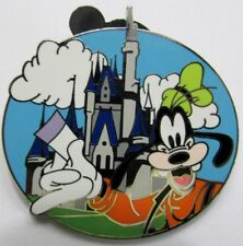 Disney Pin: Characters with Cinderella Castle Mystery Tin - Goofy Only (LE 3600)