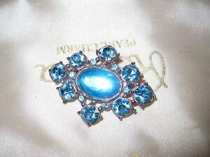 Wonderful vintage goldplated blue glass diamante foiled back brooch