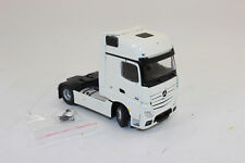 Tekno 65860 Mercedes Benz Actros Gigaspace 4x2 Trattore 1:50 NUOVI IN CONF.